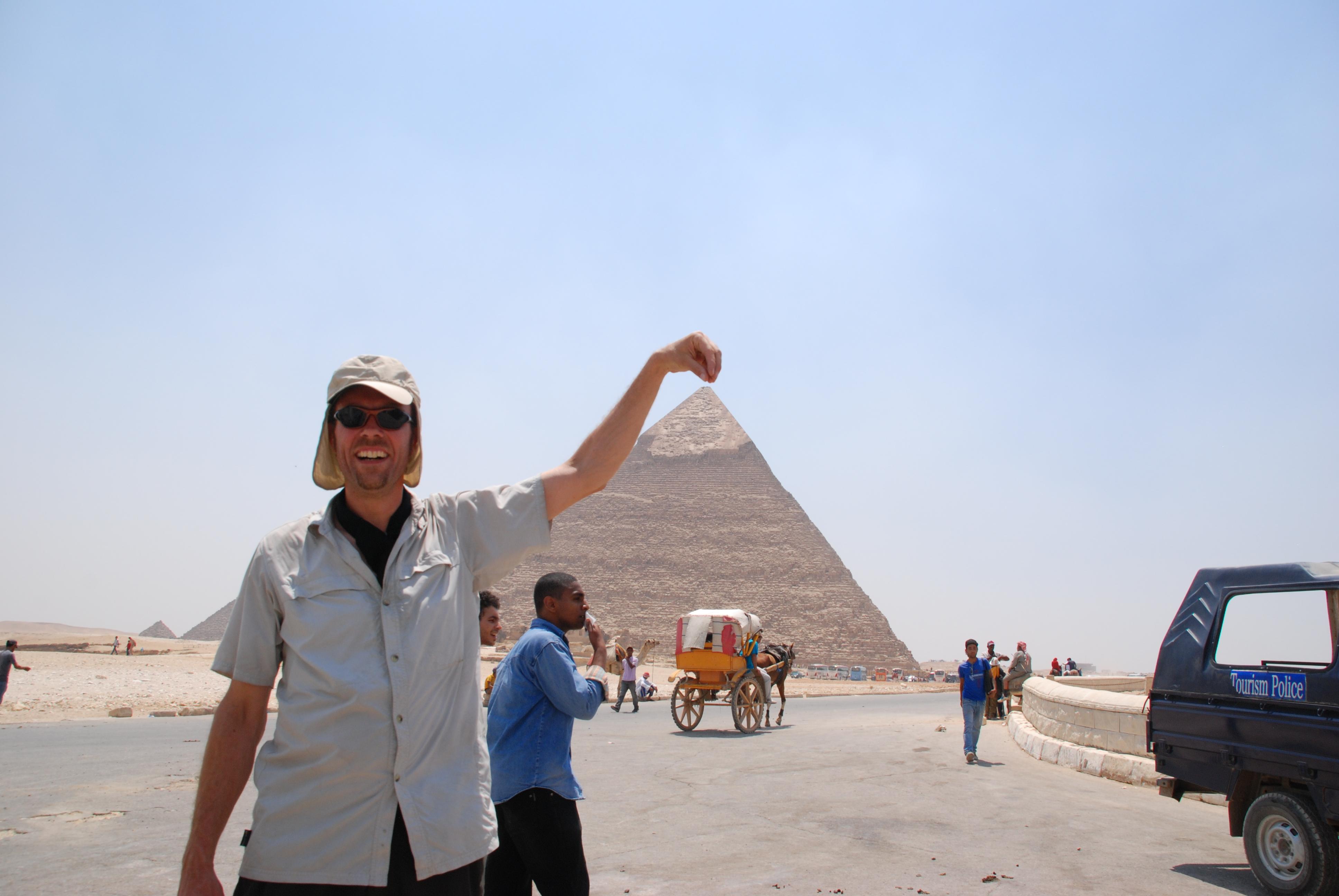marc voor de piramide